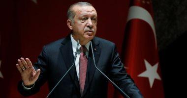 نقابة-العمال-التركية-تحذر-من-نقص-المعدات-الوقائية-للعاملين-بالرعاية-الصحية