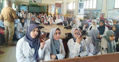 قومى-المرأة-بالشرقية:-10-ندوات-بالمدارس-لتوعية-الطالبات-بمخاطر-الزواج-المبكر
