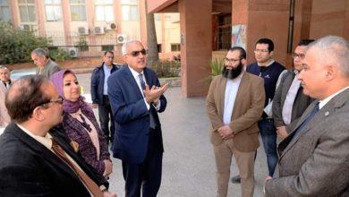 صورة فريق طبى من جامعة المنصورة يتوجه لمستشفى العزل بتمي الأمديد
