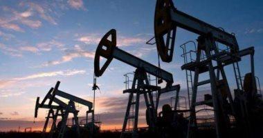 أسعار-النفط-ترتفع-بفضل-تفاؤل-إزاء-تمخض-اجتماع-لأوبك+-عن-خفض-للإمدادات