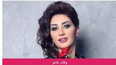 """صورة بالفيديو…وفاء عامر تلقن أبنها درساً بسبب """"شرب السجائر"""" ضربته بجد."""