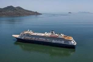 صورة خوفا من كورونا فلوريدا ترفض استقبال سفينتان عالقتان بالبحر