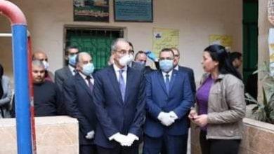 """صورة """"وزير الاتصالات"""" يوضح كيفية صرف معاشات شهر أبريل من المدارس ومراكز الشباب"""