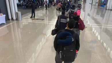صورة وصول رحلة مصر للطيران فجر الجمعة إلي مطار مرسي علم الدولي بدلا من مطار القاهرة الدولي