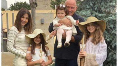 """صورة نانسي عجرم في ظهور جديد مع زوجها وبناتها يحتفلون ب """"أحد الشعانين"""""""