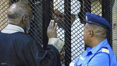صورة الرئيس السوداني السابق عمر البشيرمحكمة الاستئناف تؤيد إيداع البشير الإصلاحية