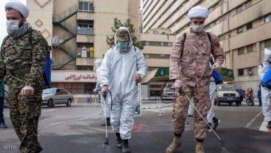 صورة عمليات تعقيم في طهران بعد وفيات كورونا عبر الحرس الثوري