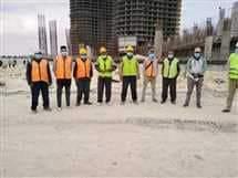 """صورة كمامات للعمال… """" المقاولون العرب """" تنفذ تعليمات السيسي"""