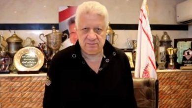 صورة مرتضي منصور : محمود علاء وقع علي بياض وحازم إمام راجل مؤدب