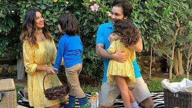 صورة ريهام أمين تحتفل بعيد الربيع مع زوجها شريف رمزى بالمنزل