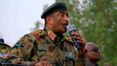 صورة رئيس مجلس السيادة الانتقالي السوداني عبد الفتاح البرهان يؤكد تماسك قوى الثورة