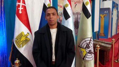 """صورة احمد المظهر يكتب """"عقدة الخواجة"""""""