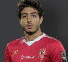 صورة مدحت العدل يصفع المتنطعين بسبب والدة اللاعب محمد هاني