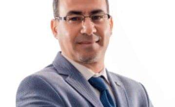 صورة كوتش التميز الشخصى محمود ابو زيد يكتب قولى ماذا ترى نفسك اقول لك من انت