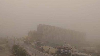 صورة الآن عاصفة هوائية شديدة محملة بالأتربة والرياح تضرب محافظة أسوان