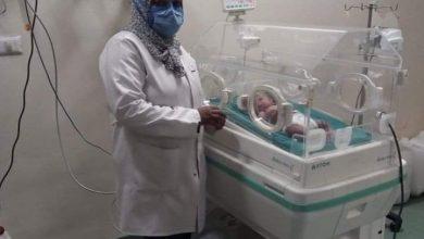 """صورة وفاة أول سيدة مصابة بكورونا تضع مولودها بالعزل الطبى بأسوان """" مستشفى أسوان التخصصى بالصداقة الجديدة """" ."""