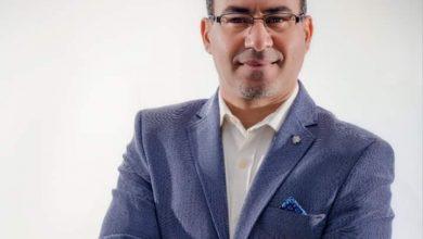 صورة محمود ابو زيد يكتب دائرة الوهم