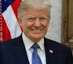 """صورة ترامب"""" يعلن توصل الولايات المتحدة قريبا إلي ثلاثة لقاحات جديده لمواجهة الفيروس الصينى"""