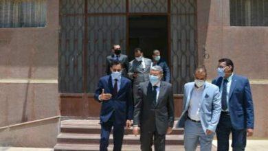 Photo of نائب وزير الخارجية يتفقد مع محافظ المنيا مكتب التصديق للوزارة بالمنيا