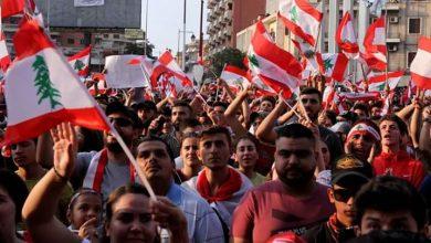 """Photo of """" الفيروس"""" يشعل الأزمات الإقتصادية في لبنان"""