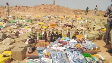 صورة 41 مليون جنيه قيمة مواد مهربة بينها 19زجاجة خمر مستوردة بغرب دارفور