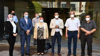 """صورة """"تحيا مصر"""" يسلم مستلزمات طبية لمستشفى الفيوم العام"""