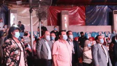 صورة وزيرة الثقافة تشاهد عرض مميز للسيرك القومي