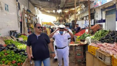 صورة عبدالرازق : حملات علي الأسواق الحضارية تسفر عن ضبط 18 محضر والتحفظ علي 160 حالة أشغال مخالف