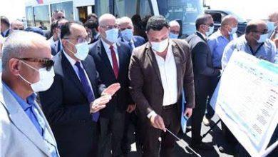 صورة رئيس الوزراء يتفقد مشروع إنشاء 2500 وحدة سكنية ليستفيد به سكان المناطق العشوائية بمحافظة الجيزة
