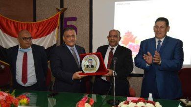 صورة جلال يكرم د . نظمى عبدالحميدنائب رئيس جامعة عين شمس لشئون البيئة