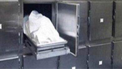 صورة مصرع طفل بسبب سقوط باب حديدي عليه أثناء لهوة داخل ورشة الحدادة