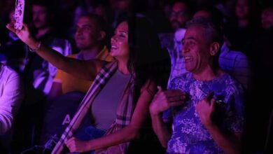 صورة نجاح كبير لحفل علي الألفي في الساقية بحضور رانيا يوسف و صبري فواز