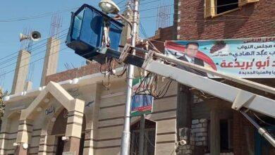 صورة رفع ٢٥طن مخالفات وصيانة أعمدة الإنارة بمدارس اللجان الإنتخابية بالبرجاية