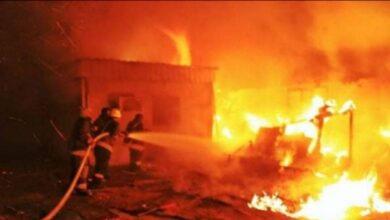 صورة رجال الحماية المدنية تتمكن من إخماد حريق بإحدى المصانع ببورسعيد