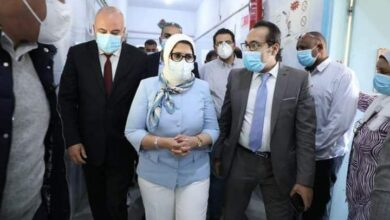 صورة وزيرة الصحة تتفقد مستشفي الصدر بقنا وتوجه بسرعة الإنتهاء من التطوير خلال شهر