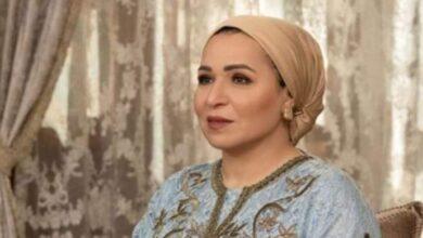 صورة عبر صفحتها بالفيس بوك.. السيدة إنتصار السيسي توجه التحية لعمال مصر