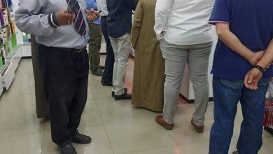 صورة خلال جولة مسائية.. نائب رئيس المنيا يحرر 36 محضرًا مخالفًا للإجراءات الاحترازية