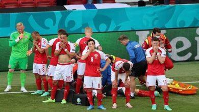صورة كريستيان ايركسين لاعب منتخب الدنمارك يثير الذعر ويسقط علي أرض الملعب
