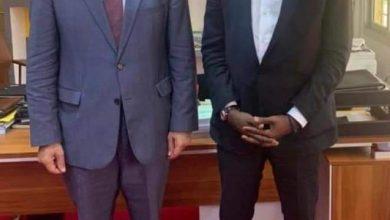 صورة السفير المصري لدى كوت ديفوار يلتقي بمدير عام هيئة البريد الايفواري