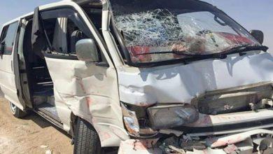 صورة مصرع ربة منزل وإصابة 7 آخرين في حادث انقلاب سيارة بأسوان