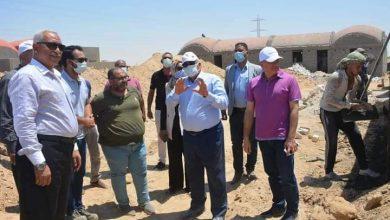 """صورة محافظ الوادي الجديد يتفقد قرى """"بشاير خير الوادي"""" في الخارجة"""