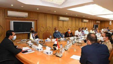 صورة اجتماع طارئ لمناقشة استعدادات الأجهزة التنفيذية لارتفاع منسوب مياه النيل بقنا