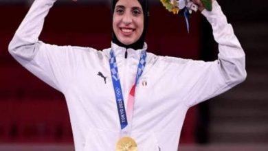 صورة بطلة الاولمبياد الصيدلانية فريال اشرف فى حوار خاص فى (معكم منى الشاذلى)