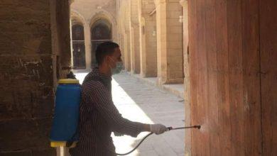 صورة بالصور.. رش وتطهير مناطق آثار شرق القاهرة