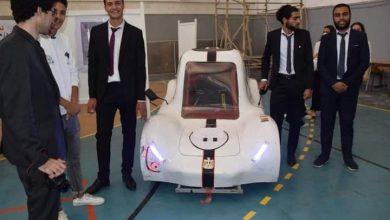 صورة رئيس أكاديمية البحث العلمي يشيد بأفكار مشروعات تخرج طلاب هندسة حلوان