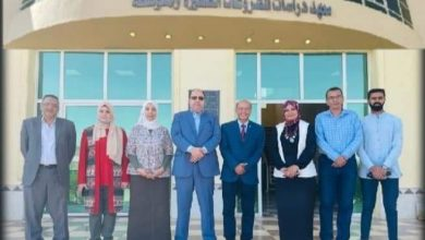 صورة عميد معهد المشروعات يبحث سبل التعاون مع مسئولي الغرفة التجارية ببني سويف