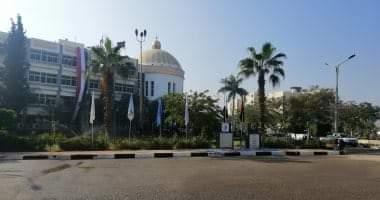 صورة القائم بأعمال رئيس جامعة بنى سويف يصدر قرارات تعيينات جديدة.. تعرف عليها