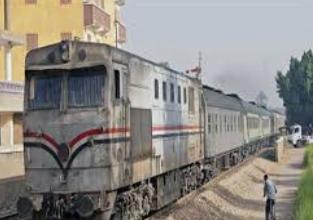 صورة مصرع طالب دهسا تحت عجلات القطار في سمالوط بالمنيا