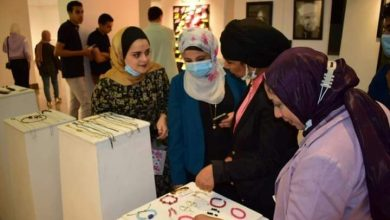 """صورة إفتتاح معرض للفن التشكيلى بعنوان """" ناصية الفن""""بثقافة المنيا"""